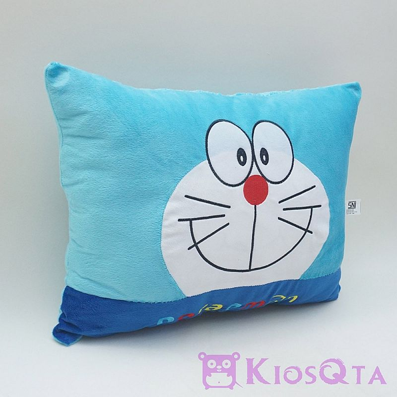 bantal doraemon persegi bordir biru new AUG