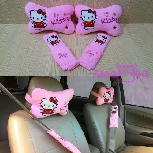 bantal mobil hello kitty set warna merah